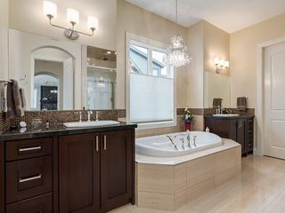 Photo 25: 14 Ranche Drive: Heritage Pointe Detached for sale : MLS®# C4224538