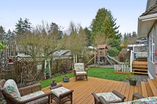 "Photo 19: 1397 128A Street in Surrey: Crescent Bch Ocean Pk. House for sale in ""OCEAN PARK"" (South Surrey White Rock)  : MLS®# R2339025"