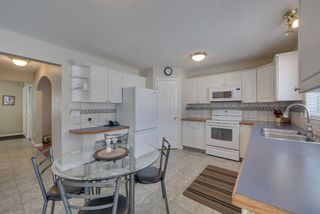 Photo 13: 37 HIGHLAND Crescent: Sherwood Park House for sale : MLS®# E4145838