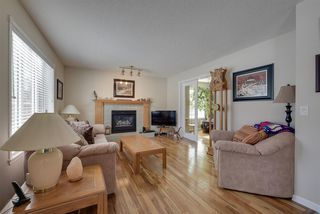 Photo 8: 37 HIGHLAND Crescent: Sherwood Park House for sale : MLS®# E4145838