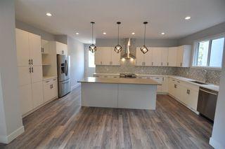 Photo 4: 11426 122 Street in Edmonton: Zone 07 House for sale : MLS®# E4148569