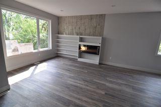 Photo 2: 11426 122 Street in Edmonton: Zone 07 House for sale : MLS®# E4148569