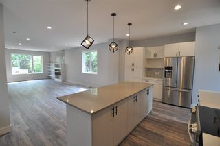 Photo 5: 11426 122 Street in Edmonton: Zone 07 House for sale : MLS®# E4148569