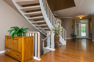 Photo 3: 17 BUTTERWORTH Point in Edmonton: Zone 14 House Half Duplex for sale : MLS®# E4149840