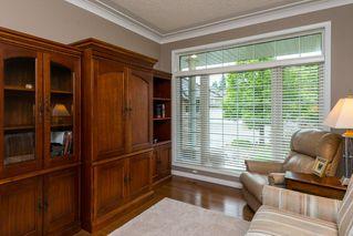 Photo 5: 17 BUTTERWORTH Point in Edmonton: Zone 14 House Half Duplex for sale : MLS®# E4149840