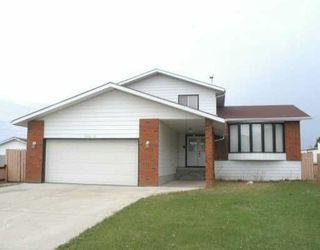 Main Photo: 1940 61 Street in Edmonton: Zone 29 House for sale : MLS®# E4150558