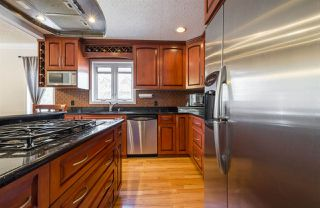 Photo 11: 10712 BEARSPAW Drive E in Edmonton: Zone 16 House for sale : MLS®# E4151355