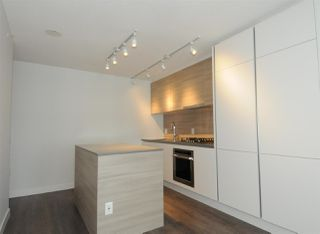 """Photo 5: 2106 988 QUAYSIDE Drive in New Westminster: Quay Condo for sale in """"Riversky2 by Bosa"""" : MLS®# R2367923"""