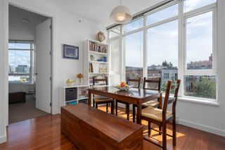 "Photo 5: 413 2055 YUKON Street in Vancouver: False Creek Condo for sale in ""THE MONTREUX"" (Vancouver West)  : MLS®# R2371441"