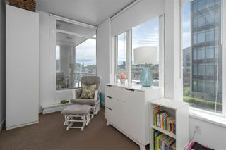 "Photo 10: 413 2055 YUKON Street in Vancouver: False Creek Condo for sale in ""THE MONTREUX"" (Vancouver West)  : MLS®# R2371441"