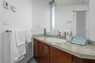 "Photo 13: 413 2055 YUKON Street in Vancouver: False Creek Condo for sale in ""THE MONTREUX"" (Vancouver West)  : MLS®# R2371441"
