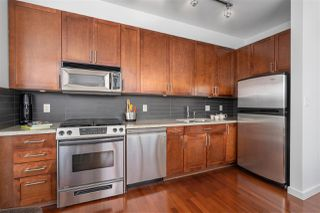 "Photo 6: 413 2055 YUKON Street in Vancouver: False Creek Condo for sale in ""THE MONTREUX"" (Vancouver West)  : MLS®# R2371441"