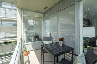 "Photo 16: 413 2055 YUKON Street in Vancouver: False Creek Condo for sale in ""THE MONTREUX"" (Vancouver West)  : MLS®# R2371441"
