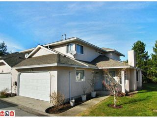 Main Photo: 173 15501 89A Avenue in Surrey: Fleetwood Tynehead Townhouse for sale : MLS®# R2390283