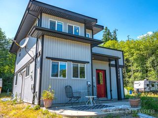 Photo 1: 1185 5TH AVE in UCLUELET: Z6 Salmon Beach House for sale (Zone 6 - Port Alberni)  : MLS®# 458869