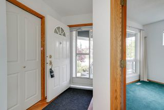 Photo 2: 11805 10A Ave in Edmonton: Zone 16 House for sale : MLS®# E4169613