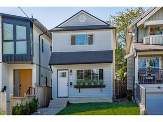 Main Photo: 327 E SIXTH Avenue in New Westminster: The Heights NW House for sale : MLS®# R2403167