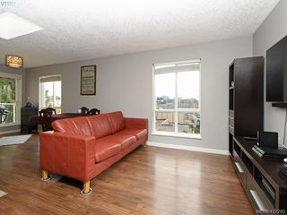 Photo 4: 411 649 Bay St in VICTORIA: Vi Downtown Condo for sale (Victoria)  : MLS®# 827828