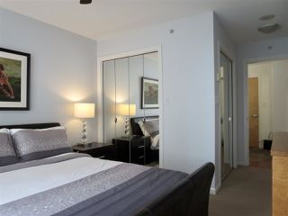 """Photo 11: 502 235 GUILDFORD Way in Port Moody: North Shore Pt Moody Condo for sale in """"THE SINCLAIR"""" : MLS®# R2427360"""