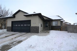 Main Photo: 144 Ingle Close in Red Deer: RR Inglewood Residential for sale : MLS®# CA0186335