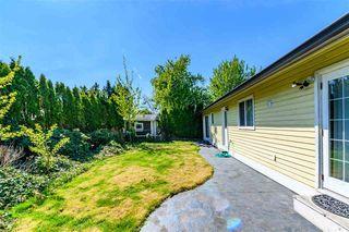 Photo 12: 14218 18A Avenue in Surrey: Sunnyside Park Surrey House for sale (South Surrey White Rock)  : MLS®# R2430110
