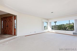 Photo 5: MOUNT HELIX House for sale : 5 bedrooms : 9833 Edgar Pl in La Mesa