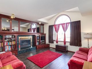 Photo 12: 359 RIVERVIEW Place SE in Calgary: Riverbend Detached for sale : MLS®# C4295194