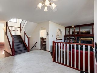 Photo 17: 359 RIVERVIEW Place SE in Calgary: Riverbend Detached for sale : MLS®# C4295194