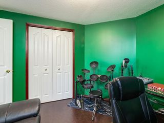 Photo 36: 359 RIVERVIEW Place SE in Calgary: Riverbend Detached for sale : MLS®# C4295194