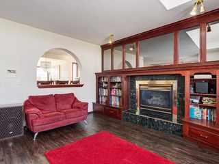 Photo 14: 359 RIVERVIEW Place SE in Calgary: Riverbend Detached for sale : MLS®# C4295194