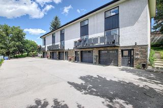 Main Photo: 9 1603 MCGONIGAL Drive NE in Calgary: Mayland Heights Row/Townhouse for sale : MLS®# A1015179