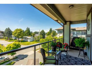 "Photo 20: 402 2038 SANDALWOOD Crescent in Abbotsford: Central Abbotsford Condo for sale in ""The Element"" : MLS®# R2477940"