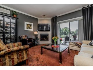 "Photo 3: 402 2038 SANDALWOOD Crescent in Abbotsford: Central Abbotsford Condo for sale in ""The Element"" : MLS®# R2477940"