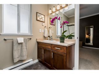 "Photo 14: 402 2038 SANDALWOOD Crescent in Abbotsford: Central Abbotsford Condo for sale in ""The Element"" : MLS®# R2477940"