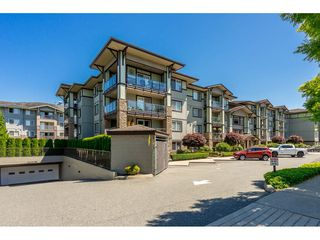 "Photo 2: 402 2038 SANDALWOOD Crescent in Abbotsford: Central Abbotsford Condo for sale in ""The Element"" : MLS®# R2477940"