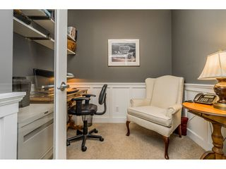"Photo 17: 402 2038 SANDALWOOD Crescent in Abbotsford: Central Abbotsford Condo for sale in ""The Element"" : MLS®# R2477940"