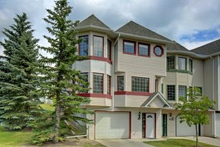 Main Photo: 89 PROMINENCE View SW in Calgary: Patterson Row/Townhouse for sale : MLS®# A1016674