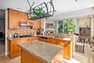 Photo 6: 317 21 Dallas Rd in : Vi James Bay Condo for sale (Victoria)  : MLS®# 853621