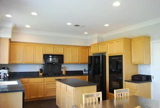Photo 6: House for sale : 4 bedrooms : 1079 Greenway Rd in Oceanside