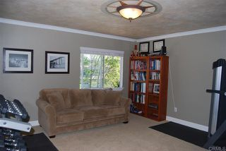 Photo 13: House for sale : 4 bedrooms : 1079 Greenway Rd in Oceanside