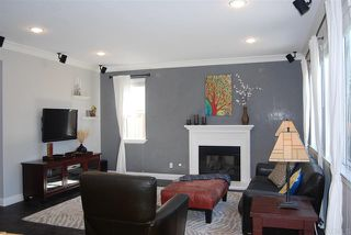 Photo 3: House for sale : 4 bedrooms : 1079 Greenway Rd in Oceanside