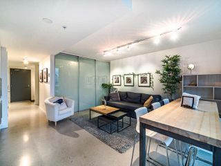 "Photo 9: 908 150 E CORDOVA Street in Vancouver: Downtown VE Condo for sale in ""IN GASTOWN"" (Vancouver East)  : MLS®# R2519943"