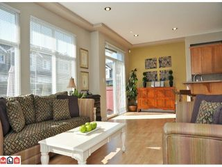 "Photo 4: 9 16760 61ST Avenue in Surrey: Cloverdale BC Townhouse for sale in ""Harvest Landing"" (Cloverdale)  : MLS®# F1106034"
