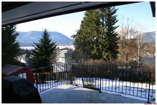 Photo 3: 1881 SE 2nd Avenue in Salmon Arm: SE Hillcrest Residential Detached for sale : MLS®# 10043481