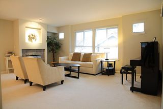 Photo 6: 19 241 Parkside Drive in Port Moody: Heritage Mountain Townhouse for sale : MLS®# v931912