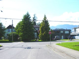 Photo 1:  in Chilliwack: House for sale : MLS®# exclusive