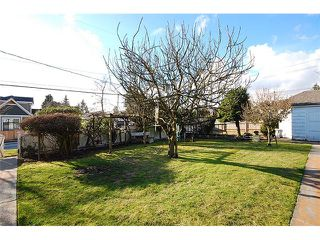 Photo 9: 1737 LONDON Street in New Westminster: West End NW House for sale : MLS®# V999010