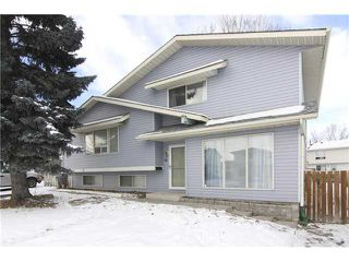 Photo 1: 14 RADCLIFFE Court SE in CALGARY: Radisson Heights Residential Attached for sale (Calgary)  : MLS®# C3600435