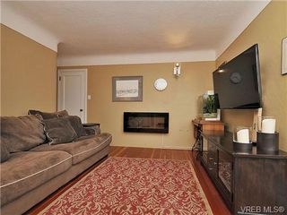 Photo 11: 3511 Salsbury Way in VICTORIA: SE Cedar Hill Single Family Detached for sale (Saanich East)  : MLS®# 662189