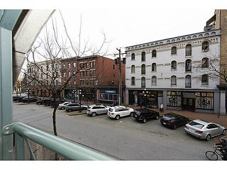 "Photo 15: 202 55 ALEXANDER Street in Vancouver: Downtown VE Condo for sale in ""55 Alexander"" (Vancouver East)  : MLS®# V1100935"